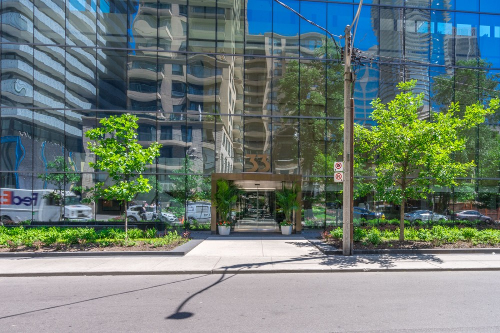 SOLD – 2 Bedroom Condo at Yonge & Bloor