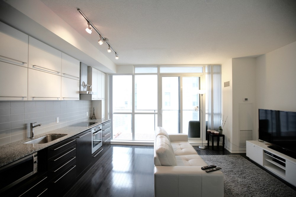 770 Bays St – 1 Bedroom Apt for Lease